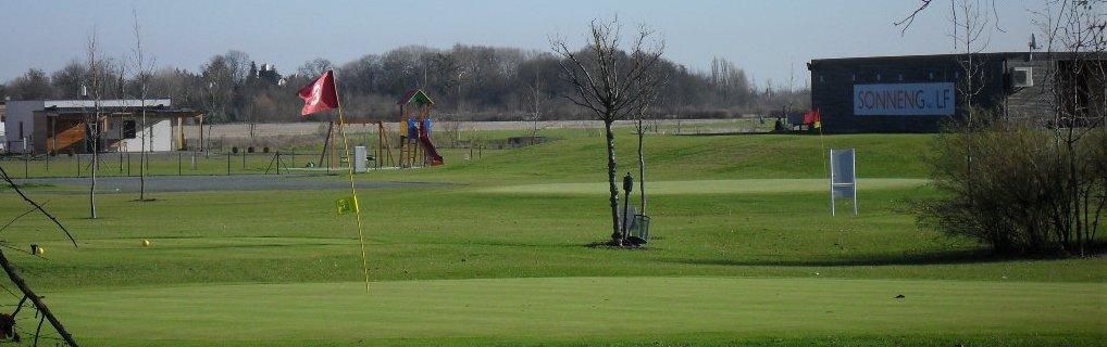 A Sonnengolf nemcsak a profiknak, a tapasztalt játékosoknak kínál kikapcsolódást. Oktatóik segítségével a kezdők is megismerkedhetnek ezen sport szépségeivel, és a gyermekek is belekóstolhatnak a golfozás örömeibe.